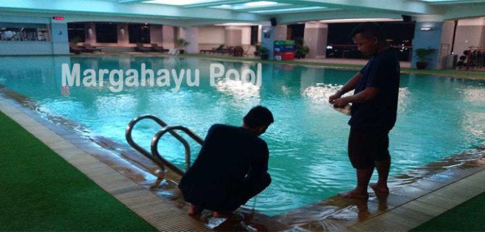 jasa penjernihan kolam renang di bandung yang dilakukan oleh team margahayu pool