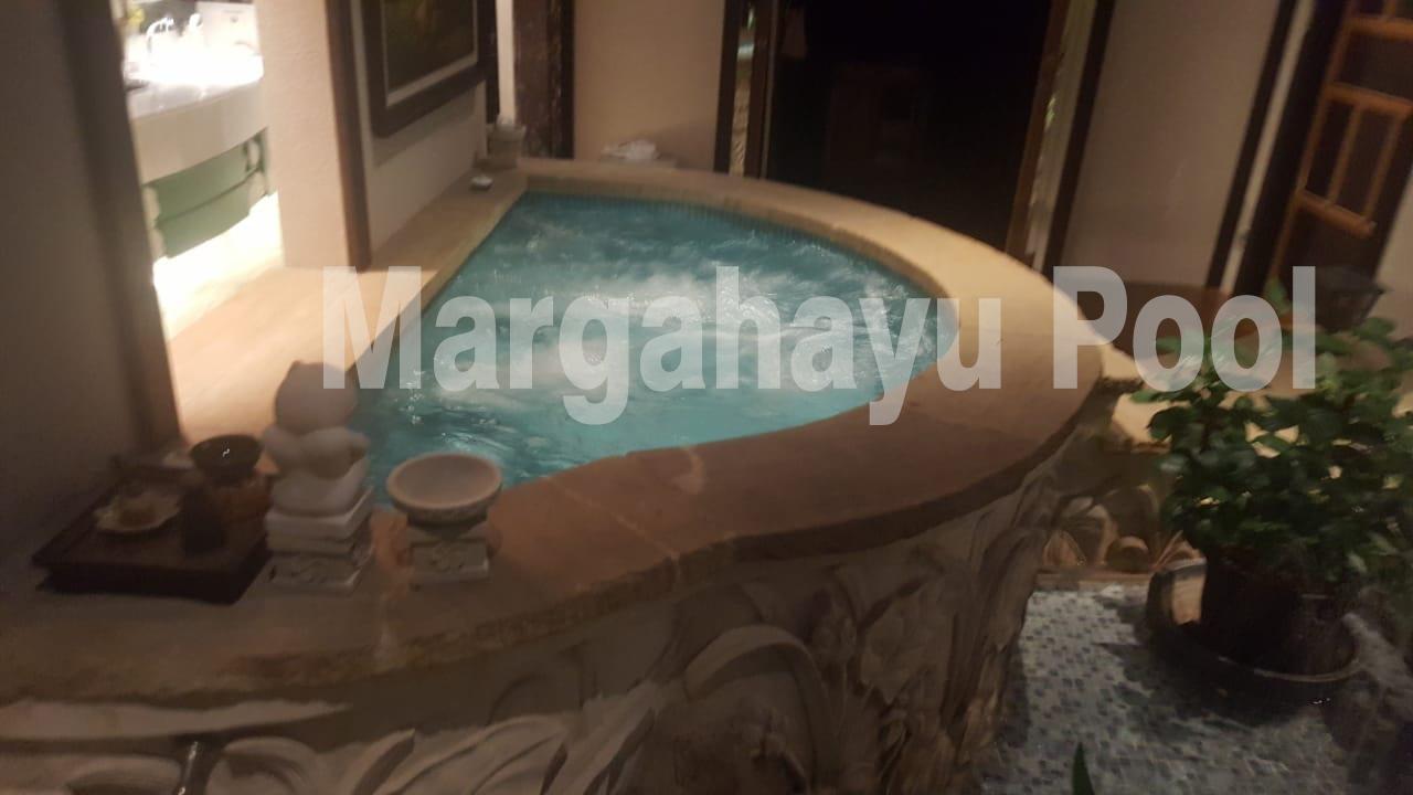 kolam renang jacuzzi yang dibuat oleh margahayu pool