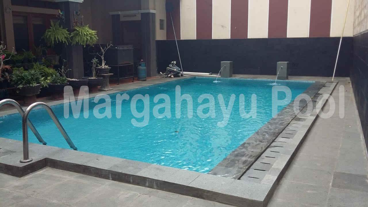 kolam renang setelah direnovasi oleh team margahayu pool