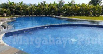 kolam renang klien yang dibuat oleh team margahayu pool