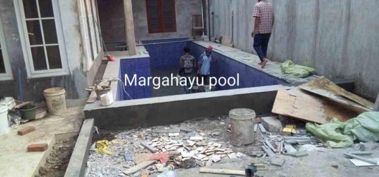 pembuatan kolam renang klien oleh margahayu pool3