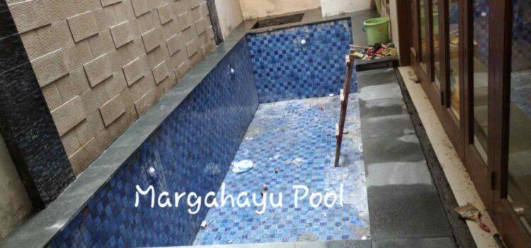 pembuatan kolam renang klien oleh margahayu pool4